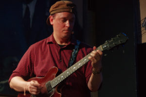 Koncert towarzyszący: Kurt Rosenwinkel Standards Trio