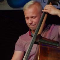 Damian Kostka - kontrabas